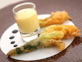 Tempura Courgette Flowers