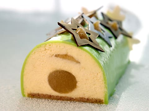 Yule Log with Granny Smith Apple Mousse - 125