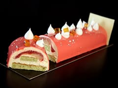 Yule Log with Grapefruit Mousse